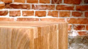 Komoda z litego drewna, Kliny