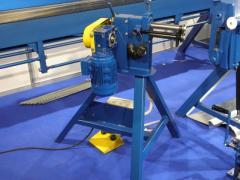 Manual machines for sawing, hollowing and planing