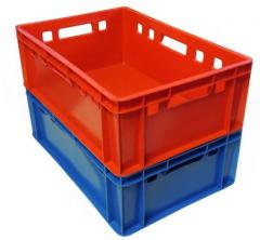 Pojemniki plastikowe, wymiary: 60x40x20   waga: 2 kg