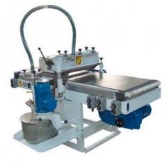 Varnish liquid machines