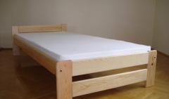 Solidne łóżko drewniane z litego drewna sosnowego