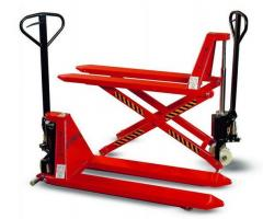 Pallet truck with high level lifting made by
