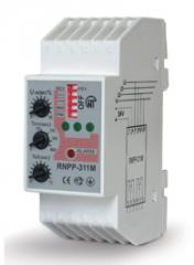 Relays of phase control