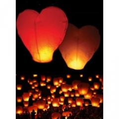 Lampion latający serce.