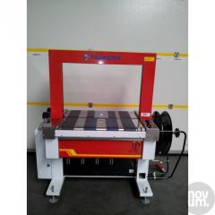 Equipment for binding pallets with cord tapes