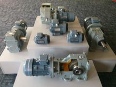 Few powerful gear boxes