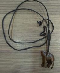 Naszyjnik wisior heban słoń