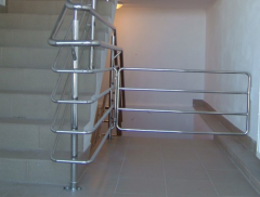 Poręcze, barierki, balustrady ze stai