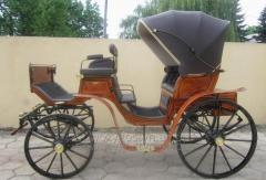 Exclusive horse-drawn carriage Victoria