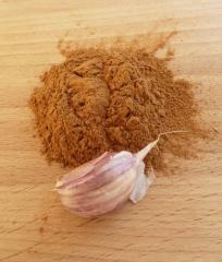 Dried ground garlic