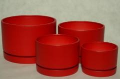 Doniczki ceramiczne w żywych kolorach