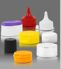 Plastic plugs for the capacities