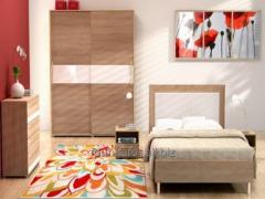 Zestaw mebli sypialnianych Emma A, uniwersalne, proste, urozmaicone elementami ze szkła