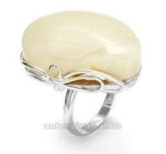 Pierścionek srebrny z białym bursztynem naturalnym
