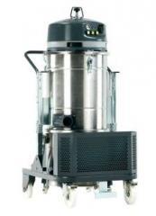 Odkurzacz przemysłowy trzysilnikowy 230V z ręcznym otrząsaniem otrząsaczem filtra.