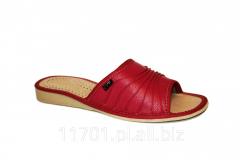 Pantofle damskie wykonane ze skóry ekologicznej
