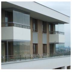Zabudowy balkonów bezramowe