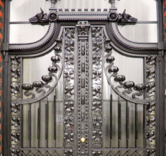 Oferujemy bramy metalowe kute w każdym stylu, ograniczeniem jest tylko wyobraźnia.