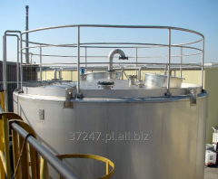 Zbiorniki do magazynowania produktów sypkich jak i płynnych, silos dostosowany do wymogów klienta.