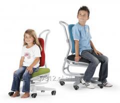 Dziecięce krzesło obrotowe BUGGY z regulacją wysokości siedzenia i regulowaną amortyzacją siedziska.