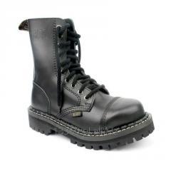 Les souliers d'adolescent