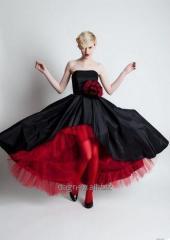 Sofia, suknia z tafty w której każda kobieta będzie królową balu.