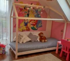 Meble do pokoju dziecięcego, łóżeczka, komody, szafki, regały i inne.