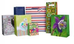 Papierowe torebki prezentowe z tasiemką,