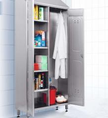Металлический шкаф для средств чистоты