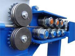 Machines for straightening wire