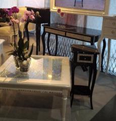 Ekskluzywna jubilerski stolik wysadzany ręcznie