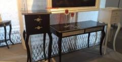Exclusive jewelry bedside II can manually