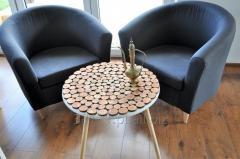 Stolik kawowy plastry drewna