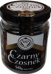 Czarny czosnek w ząbkach, naturalnie fermentowany o wyjątkowych właściwościach smakowych i zdrowotnych