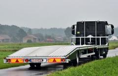 Platforma  do przewozu aut montowana na podwoziach