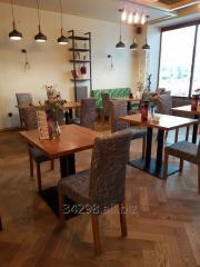 Loftowe stoły do restauracji