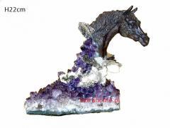 Popiersie Konia z brązu z kamieniami półszlachetnymi 22cm ametyst i kryształ górski