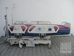Больница кровать (в отделении интенсивной терапии