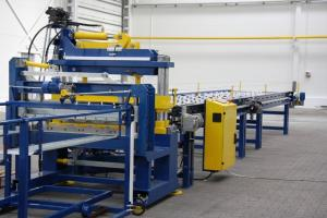 Linhas para produção de telha metálica