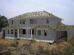 Prefabrykowana więźba dachowa łączona płytką