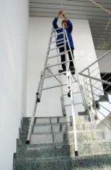 Aluminiowa drabina rozstawna do pracy na schodach