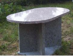 Stolik z kamienia