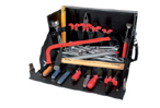 Zestaw narzędzi dla elektryka w kufrze