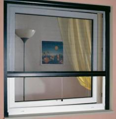 Moskitiera okienna, drzwiowa, rolowana