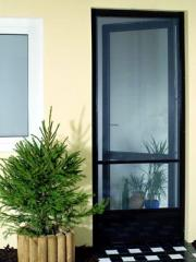Moskitiery okienne i drzwiowe