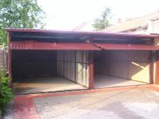 Garaże z drzwiami  dwustanowiskowymi