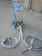 Dry ice making equipment
