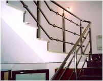 Konstrukcje i elementy stalowe