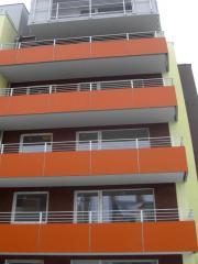Balkony, poręcze, kraty