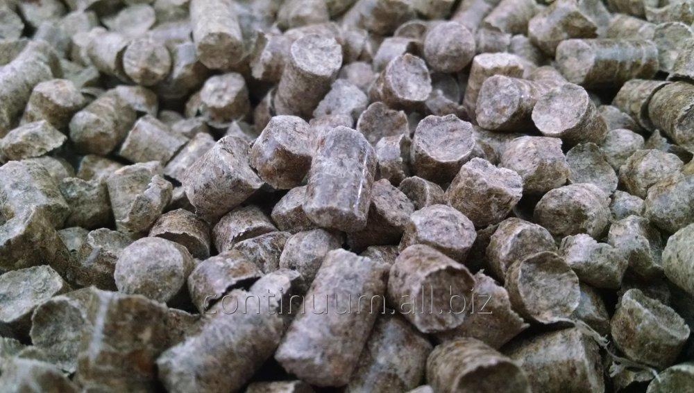 pellet_drzewny_o_wymiarach_od_6_mm_do_8_mm